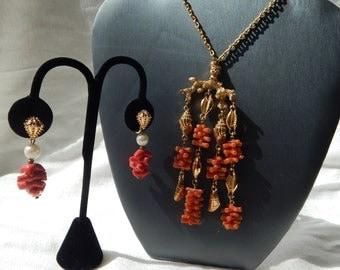 Fantastic CROWN TRIFARI Faux Coral Seashell Necklace & Earrings