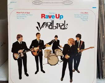 The Yardbirds Having a Rave Up with The Yardbirds Epic Records BN 26177 Eric Clapton Jimmy Page Jeff Beck Keith Relf