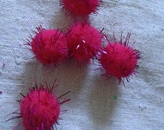 set of 5 glitter red balls tassel