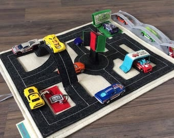 Toy Car Playmat for Hotwheels and Matchbox Cars ~ Travel Tote Caddy ~ Felt Fabric Roads Activity Mat ~ Best Birthday Gift for Toddler Boys