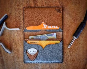 Guitar Player Slim Wallet - Coustom Leather Wallet -  Personalized Wallet - Leather Guitar Pick - Guitar Player Gift - Mens Wallet