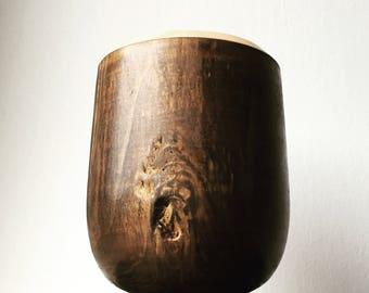 Storm wooden pot