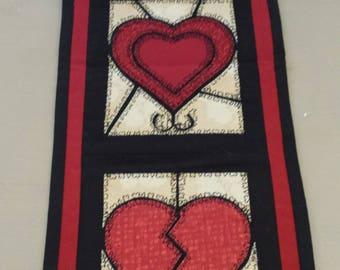 Valentine Heart Trio Wallhanging