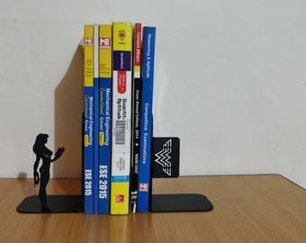 Wonder woman Bookend, Metal Bookend, Superhero Product, Wonder woman, Book  support,