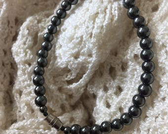 Vintage Hematite Beaded Bracelet w/ Screw Closure