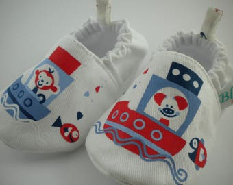 Baby handmade shoes, baby shoes, baby slippers, baby booties, baby booty, baby mocs, baby gift, crib shoes, shower shoes