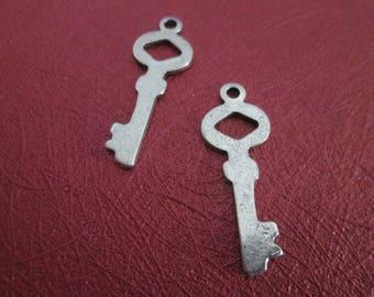 x 2 small silver 3.4 cm key charm