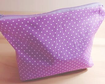 Cosmetic pouch in purple with white dots