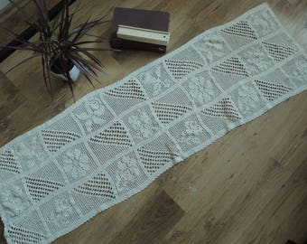 FREE SHIPPING - Vintage Ivory crochet lace tablecloth, 156 x 42 cm
