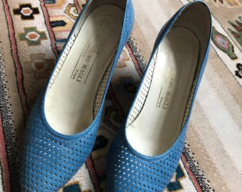 Vintage Bruno Magli blue pumps heels