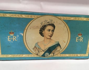 1953 Queen Elizabeth II commemorative tin
