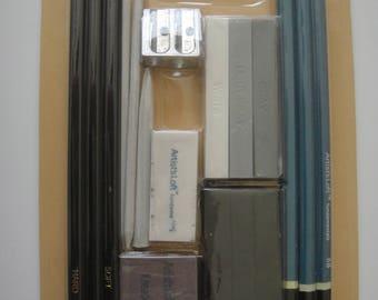 Artist's Loft fundamentals 18 pc.  Charcoal Set Drawing Set
