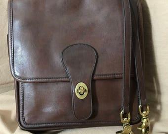 Vintage Coach | Willis Style | Shoulder Bag | Made in the U.S. | 9938