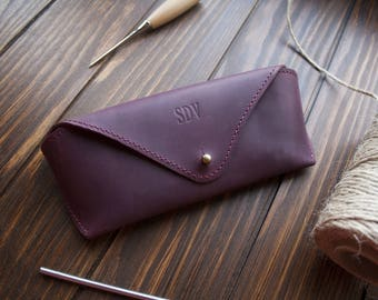 Leather glasses case, personalized glasses case, monogram glasses case sunglass case, case for glasses, eyeglasses case, glasses sleeve