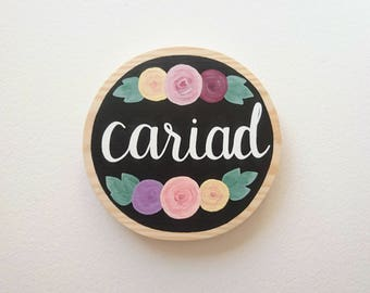 Cariad - Mini Wood Round Sign/Plaque // Welsh // Love // Wall Sign Decor // Hand painted
