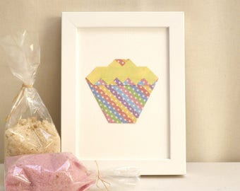 "Hanger - origami Cupcake - yellow and multicolored Stripes - Collection ""My delicacies"""