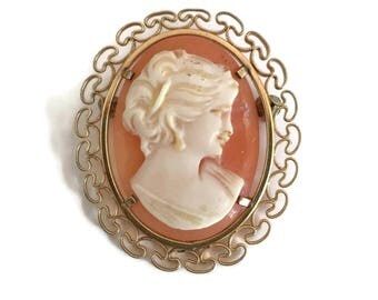 Carved Shell Cameo Brooch in 12k Gold Filled Frame