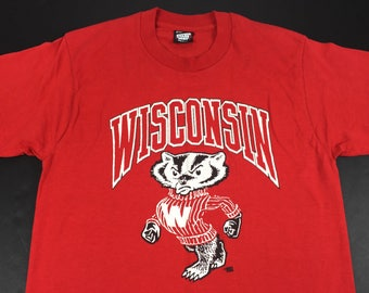 Vintage 90s Wisconsin Badgers t-shirt mens M NCAA football screen stars college