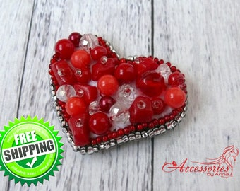 Red Heart Brooch Pin Love Brooch Bead embroidered accessories Beaded Sparkling Glitter Crystal brooch pin Coat pin Beaded Beadwork brooch