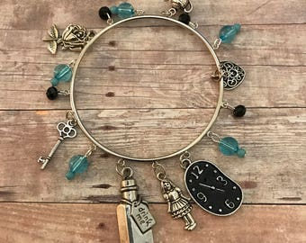 Alice Charm Bangle Bracelet/ Alice in Wonderland Charm bracelet/Through the Looking Glass/ Fairytale Charm Bracelet/  Wonderland Cosplay