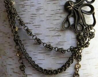 Dreireihiges Collier aus Chainmaille mit Oktopus