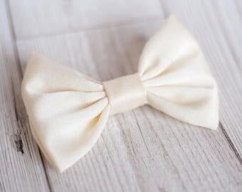 Cream Dog Bow Tie   Silk Dog Bow Tie   Wedding Dog Bow Tie   Christmas Dog Bow Tie   Formal Bow Tie   Gift For Pet   Luxury Dog Gift   UK