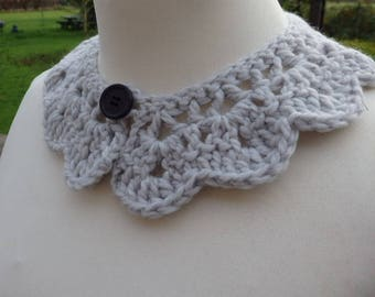 Peter Pan Collar, Crocheted, thick and soft wool
