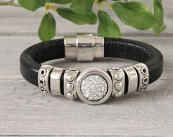 Sturdy leather Ladies Bracelet