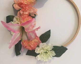 Hoop Ring Wall Decor, Floral Wall Decor, Floral Arrangement, Wall Decor, Hoop Ring Floral Decor, Hoop Ring