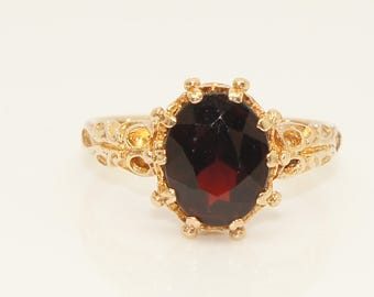 Vintage 9Ct Yellow Gold 2Ct Garnet Solitaire Ornate Ring, Size K 1/2