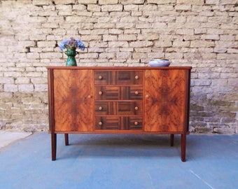 Art Deco 30s 40s walnut sideboard cabinet cupboard vintage retro