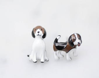 Cute Beagle dog earrings, Dog Stud earrings, unbalance earrings, Dog earrings,