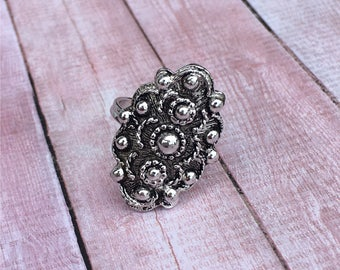 Sarah Coventry Ring | Silver Tone | Adjustable | 1980s Vintage