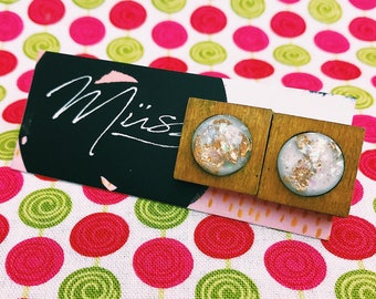 wood earrings. gold foil. pretty earrings. white earrings. handmade jewellery. cheap jewellery.