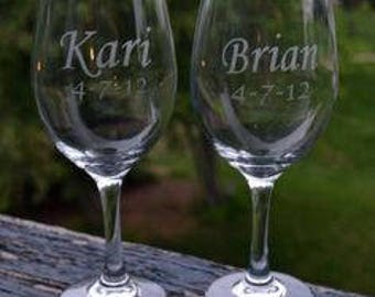 Personalized Wine Glasses - Wedding Party