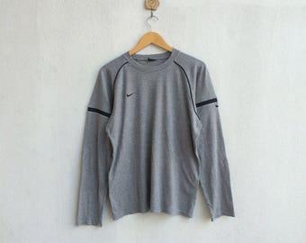 Vintage 90's Nike T-Shirt Longsleeve Small Embroidery Logo