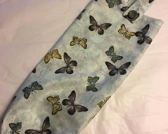 Butterfly plastic bag holder