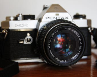Pentax MX Film SLR Camera with M 50mm f/1.7 Lens, Retro Kamkit Bag, Vivitar Flash and Filter