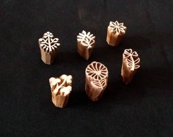 Wooden seals, small floral (6)