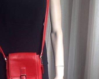 Vintage COACH Courier messenger  leather red bag Style No.A1S-7775