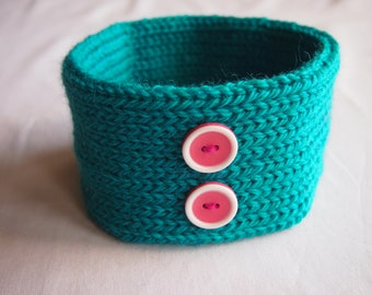 Woollen Hand Knitted Dog Collar in Teal Green with 2 Retro Hot Pink Buttons (size L)