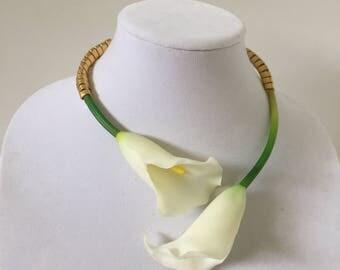 Avant-Garde Calla Lily Necklace Corsage