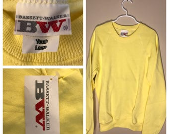Vintage Bassett-Walker sweatshirt // youth large 14-16 // blank deadstock NOS crew neck // crewneck 1980s rare