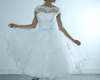 Lace retro wedding dress with blue sash custom make for any color