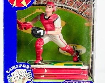 Starting Lineup 1998 Stadium Stars Texas Rangers Ivan Rodriguez Action Figure