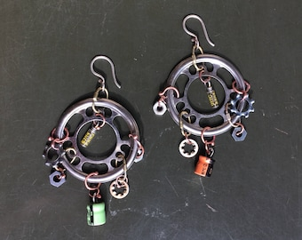 Electronic component earrings, repurposed jewelry, upcycled jewelry, gifts for geeks, post apocalyptic jewelry, steampunk jewelry