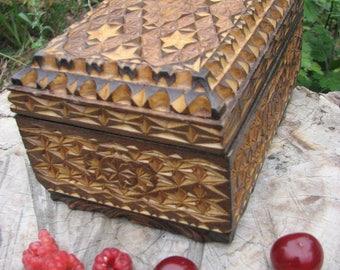 Wooden box. Jewelry box..Treasury box. Hand carved box.Jevelry Wooden box.Folk box.Trinket box.Folk art box. Decorative box.