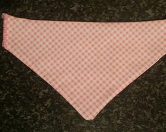 On sale. Last three. Pink check