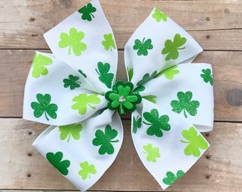 St. Patrick's Day Hair Bow-Shamrock/Clover Hair Bow-Pinwheel Boutique Bow-Spring Hair Bow-Green and White Hair Bow