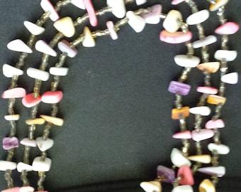 Shell necklace 3 strands vintage pink